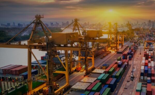 世界银行4日发布《全球经济展望》报告:全球经济紧张局势加剧,增速放缓