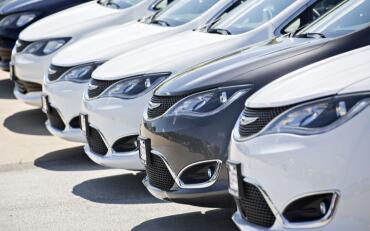 菲亚特克莱斯勒的北美分公司宣布与Aurora合作开发自动驾驶汽车