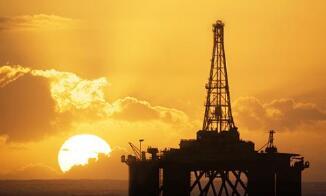 国际油价14日上涨  美油涨幅1.1%至每桶62.01美元