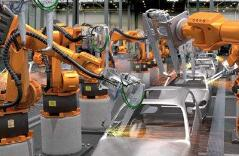 机器智能结合人脑智慧 300个机器人进军资管业