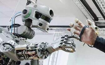 """俄罗斯机器人""""宇航员""""将前往国际空间站"""