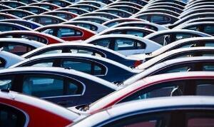 亚迪在香港跌至近一年来最低 7月份新能源汽车销量同比降12%