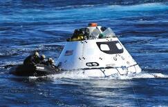 """首艘""""猎户座""""载人飞船组装完成 5年内载人登月"""