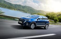 7月汽车总销量降5%:一汽大众卖得多 北京奔驰增长快