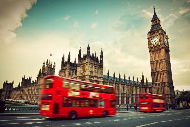 英国第二季度国内生产总值(GDP)环比萎缩0.2%