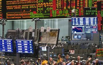 美国前财长萨默斯:美国经济正处于十年以来风险最大时期