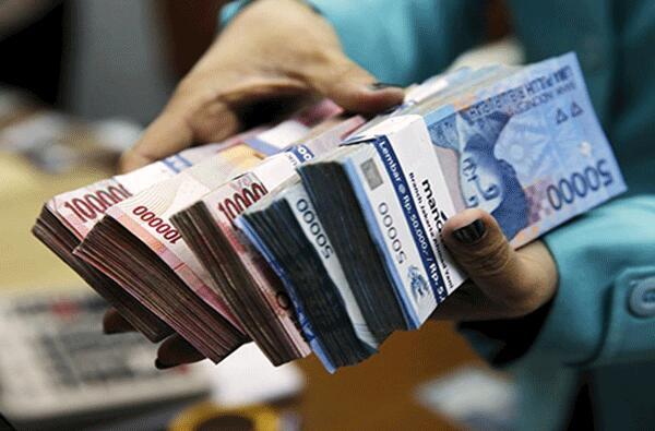 印度对10家国有银行合并重组成新的4家国有银行