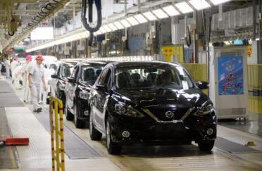新能源汽车8月销量同比降15.8%