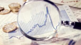 收评:沪指报3030.75点,跌0.02%  油服、网络安全等板块领涨