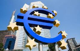 """欧洲央行放水 人民币汇率弹升""""不休假"""""""