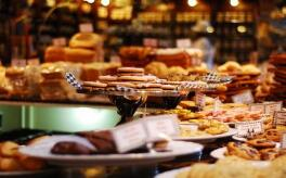 """""""舌尖""""经济成最活跃消费业态,预计餐饮业全年消费规模将达4.7万亿元"""