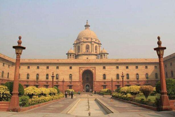 印度财政部表示金融系统流动性充足
