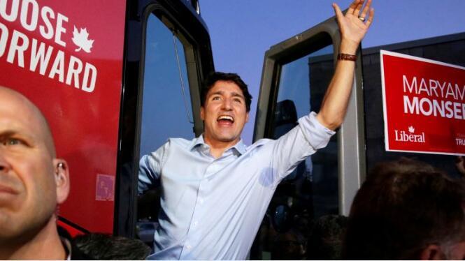 加拿大总理贾斯汀·特鲁多的自由党组成少数民族政府