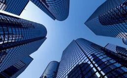 131家房企存货逾6.3万亿元,开发商打折卖房加速回款