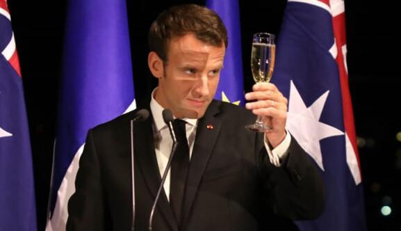 美国可能对从法国进口的24亿美元的香槟,奶酪,手袋征收100%关税