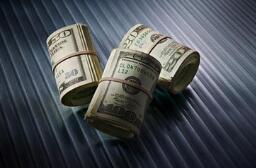 欧元兑美元周二基本持平