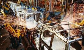 11月份,全国规模以上工业增加值同比增长6.2%