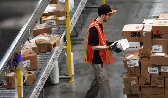 亚马逊阻止卖家使用FedEx陆运