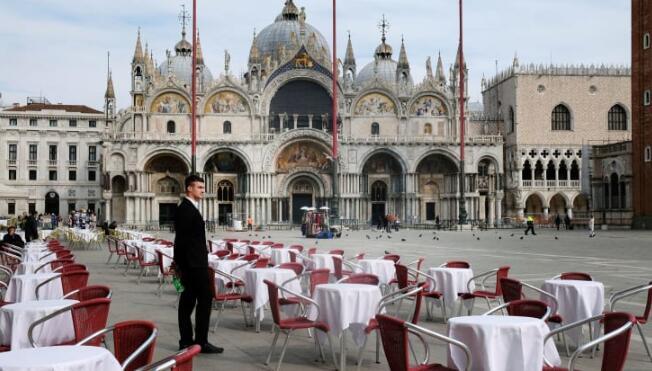 意大利将检疫扩大到整个国家 总理朱塞佩·孔戴要求居民呆在家里