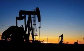 WTI原油期货跌超5%,布伦特原油期货跌4.41%