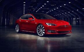 特斯拉拟推新功能:汽车可以在红绿灯前自动停车