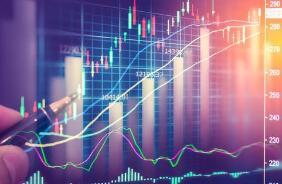 国内期货市场收盘能源板块下挫,燃油、LPG跌近3%,原油跌近2%
