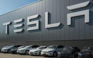 特斯拉:首批中国产长续航后驱版Model 3已提前下线