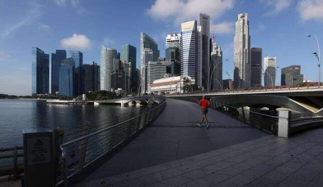 新加坡因新冠疫情影响第三次下调2020年经济预期