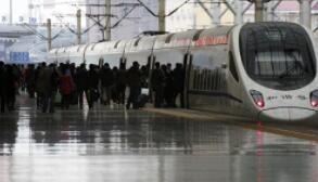 全国铁路5月份发送旅客1.57亿人次
