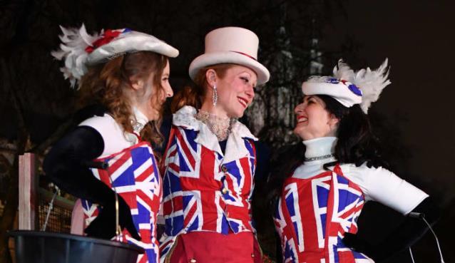 穆迪表示,无协议退欧将``严重损害``英国新冠疫情后的经济复苏
