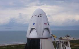 """SpaceX:定于美国东部时间6月13日发射58颗""""星链""""卫星"""