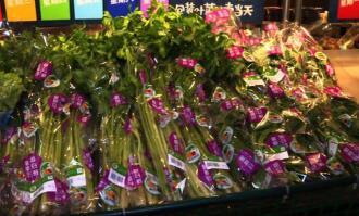 大批蔬菜连夜进京,保障市场供应