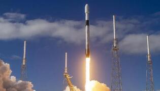 SpaceX第九批58颗星链卫星上天