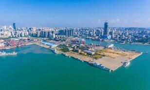 上海机场:5月旅客吞吐量同比下降78.65%