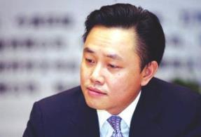 中关村:人民法院依法裁定对公司实控人黄光裕予以假释