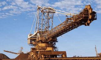 6月挖掘机销量增逾六成 全年增速有望超过25%