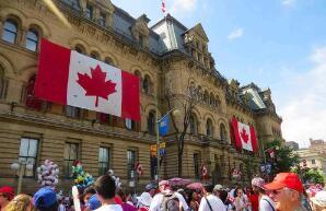 加拿大5月份经济意外增加29万个就业岗位;失业率创历史新高