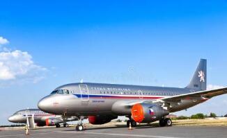 捷克布拉格机场客运量2020年上半年大幅减少