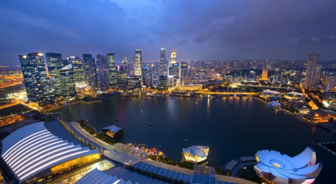 新加坡第二季零售空间租金环比下滑3.5%