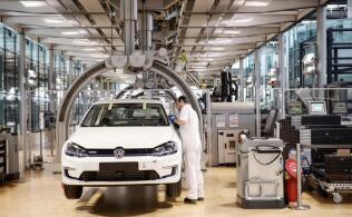 德国经济复苏行业差异大 汽车行业回升明显