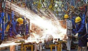 格力电器:上半年净利63.62亿元同比降53.73%