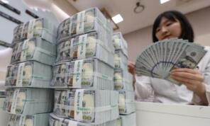 疲软的经济推动菲律宾比索走升