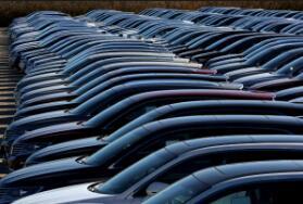 中国1-8月汽车销售1455.1万辆 同比降9.7%