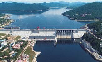 吉林丰满水电站全面投产发电
