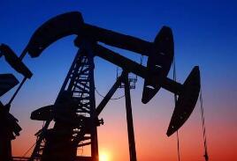 纽约油价周四下跌3.7%,布油下跌3.2%