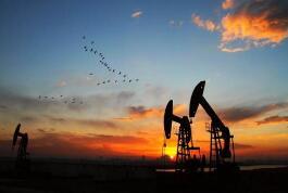 CFTC:投机者减持原油净多头头寸,但天然气看涨情绪创逾三年新高