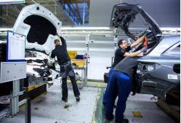 9月新能源车销量增逾六成 磷酸铁锂电池成趋势