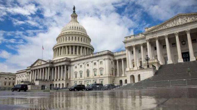 美国2020财年预算赤字达3.1万亿美元 债务规模超过GDP