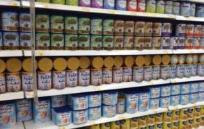 进口奶粉数量持续下降,国产奶粉正加速赢得中国妈妈的信任