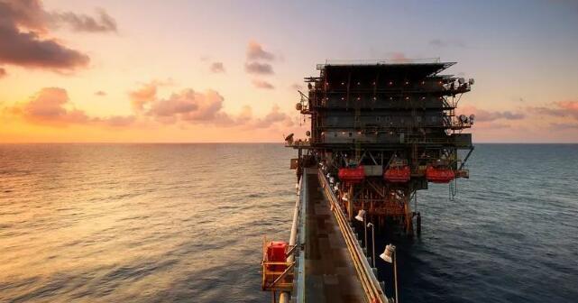 波罗的海干散货指数升至七周高位
